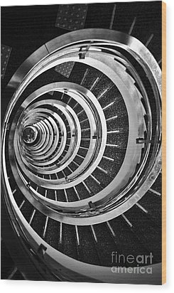 Time Tunnel Spiral Staircase In Sao Paulo Brazil Wood Print