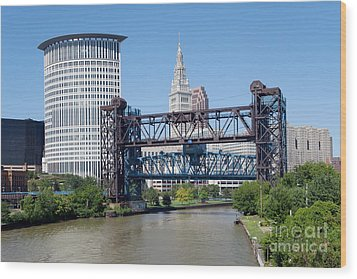 Carter Road Lift Bridge Wood Print by Bill Cobb