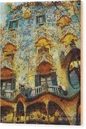 Casa Battlo Wood Print