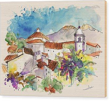 Castelo De Vide In Portugal 01 Wood Print by Miki De Goodaboom
