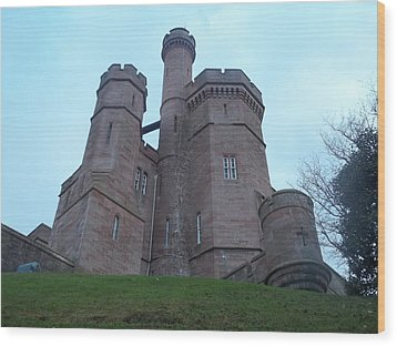 Castle In Inverness I Wood Print