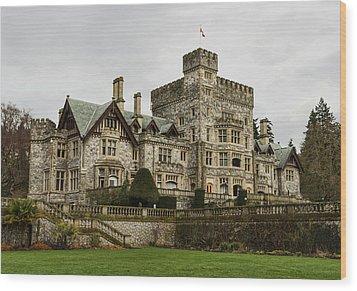 Hatley Castle Wood Print by Marilyn Wilson