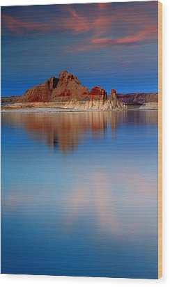 Castle Rock Reflections Wood Print by Eric Foltz