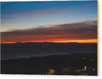 Catalina Island Sunset Wood Print by Penny Lisowski