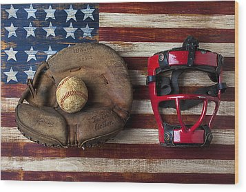 Catchers Glove On American Flag Wood Print by Garry Gay