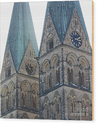 Cathedral In Bremen Wood Print