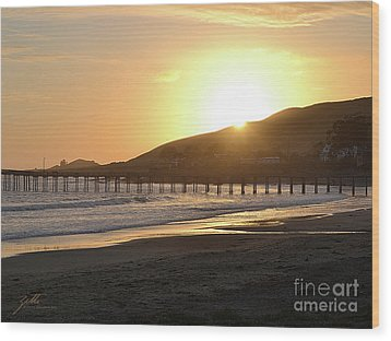Wood Print featuring the photograph Cayucos by Suzette Kallen