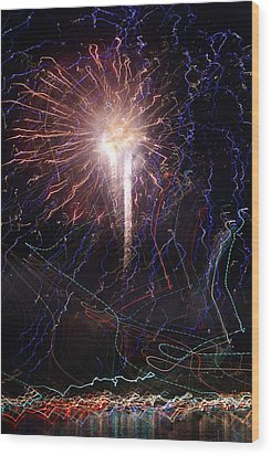 Celebration Fireworks Grand Lake Co 2007 Wood Print by Jacqueline Russell