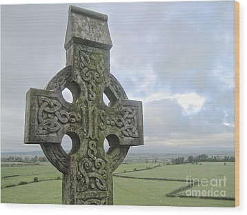 Celtic Cross Wood Print by Suzanne Oesterling
