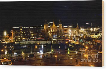 Centraal Station At Night Wood Print by Pravine Chester
