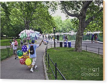 Central Park Balloon Man Wood Print by Madeline Ellis