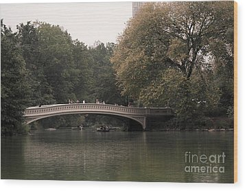 Central Park Bow Bridge Wood Print by David Bearden