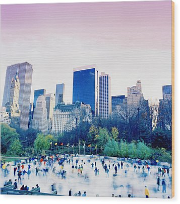 New York In Motion Wood Print by Shaun Higson