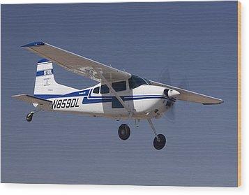 Cessna A185f N859dl Casa Grande March 3 2012 Wood Print by Brian Lockett