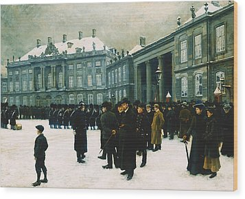 Changing Of The Guard At Amalienborg Palace Wood Print by Paul Fischer