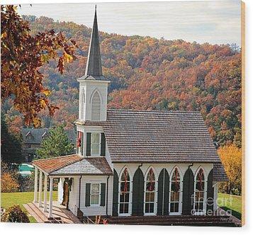 Chapel At Big Cedar Wood Print