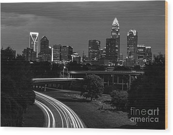 Charlotte Black And White Skyline Wood Print by Robert Loe