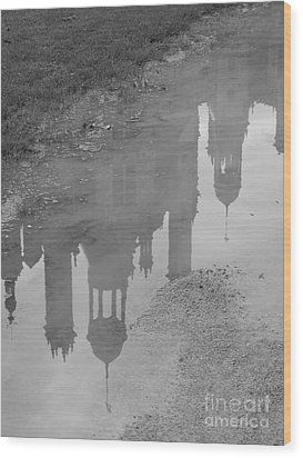 Chateau Chambord Reflection Wood Print by HEVi FineArt