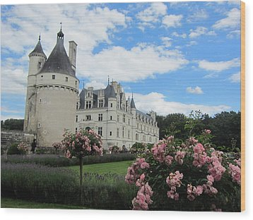 Wood Print featuring the photograph Chateau Chenonceau by Pema Hou