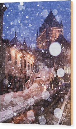 Wood Print featuring the photograph Chateau Frontenac by Arkady Kunysz