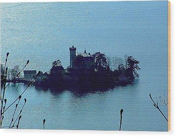 Chateau Sur Lac Wood Print