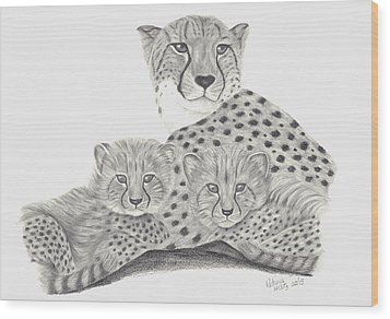 Cheetah And Her Cubs Wood Print