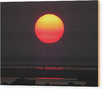 Wood Print featuring the photograph Cherry Drop Sunrise by Dianne Cowen