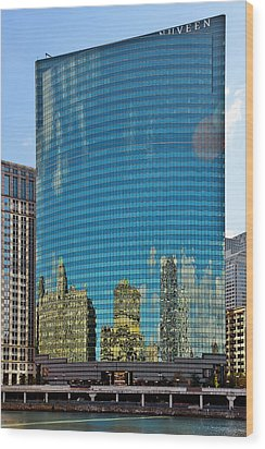 Chicago - 333 West Wacker Drive Wood Print by Christine Till