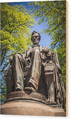 Chicago Abraham Lincoln Sitting Statue Wood Print by Paul Velgos