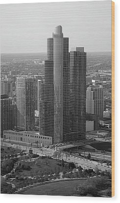 Chicago Modern Skyscraper Black And White Wood Print by Thomas Woolworth