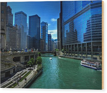 Chicago River 003 Wood Print by Lance Vaughn