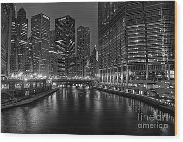 Chicago Riverwalk Wood Print