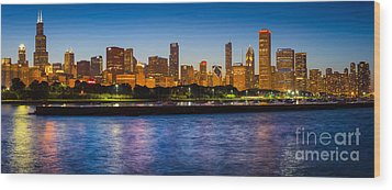 Chicago Skyline Wood Print by Inge Johnsson