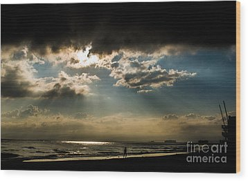 Wood Print featuring the photograph Chick's Beach Morning by Angela DeFrias