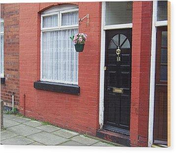 Childhood Home Of George Harrison Liverpool Uk Wood Print