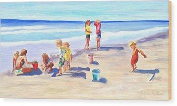 Children At The Beach Wood Print