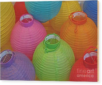 Chinese Lanterns Wood Print by Ranjini Kandasamy