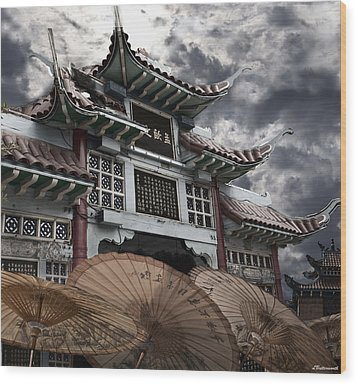 Chinese Temple Gate Wood Print by Larry Butterworth