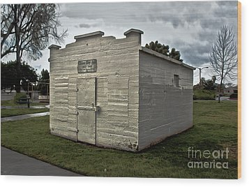 Chino Jail - 02 Wood Print by Gregory Dyer