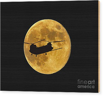 Chinook Moon Color Wood Print