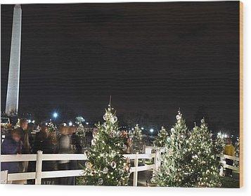 Christmas At The Ellipse - Washington Dc - 01135 Wood Print by DC Photographer