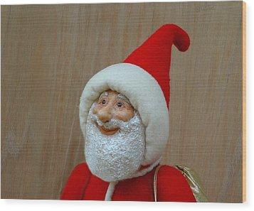 Christmas Cheer Wood Print by David Wiles