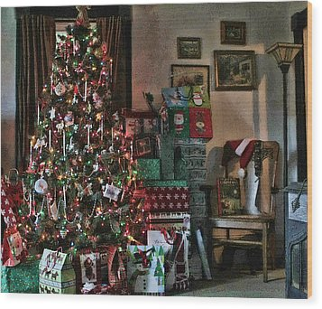 Christmas Wood Print by Denise Romano