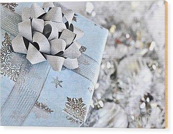 Christmas Gift Box Wood Print by Elena Elisseeva
