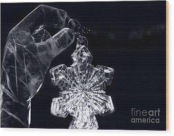 Christmas In Ice Wood Print by Sharon Mau