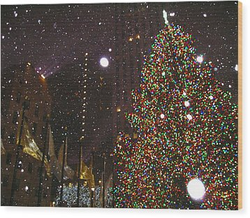 Christmas In New York City Wood Print