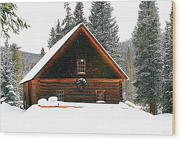 Christmas In The Rockies Wood Print by Steven Reed