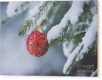 Christmas Ornament Wood Print by Diane Diederich