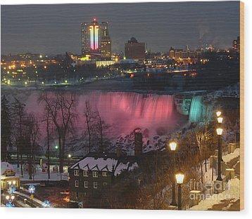 Christmas Spirit At Niagara Falls Wood Print by Lingfai Leung