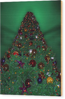 Christmas Tree Wood Print by Thomas Woolworth